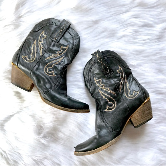 1ccd475b886 VERY VOLATILE Markie Black Embroidered Cowboy Boot